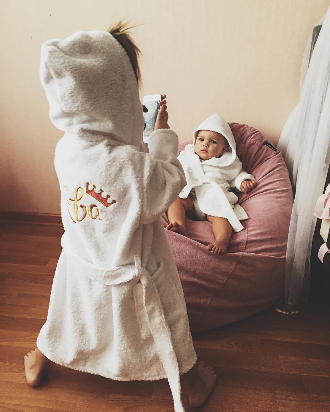 Детский халат на заказ с вышивкой