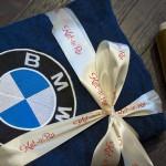 Синий махровый халат с вышивкой логотипа BMW
