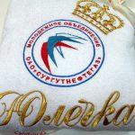 Махровый халат с логотипом фирмы
